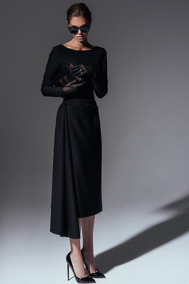 ​Mysterious shooting for The Best Black Dress Brand Yakubowitch