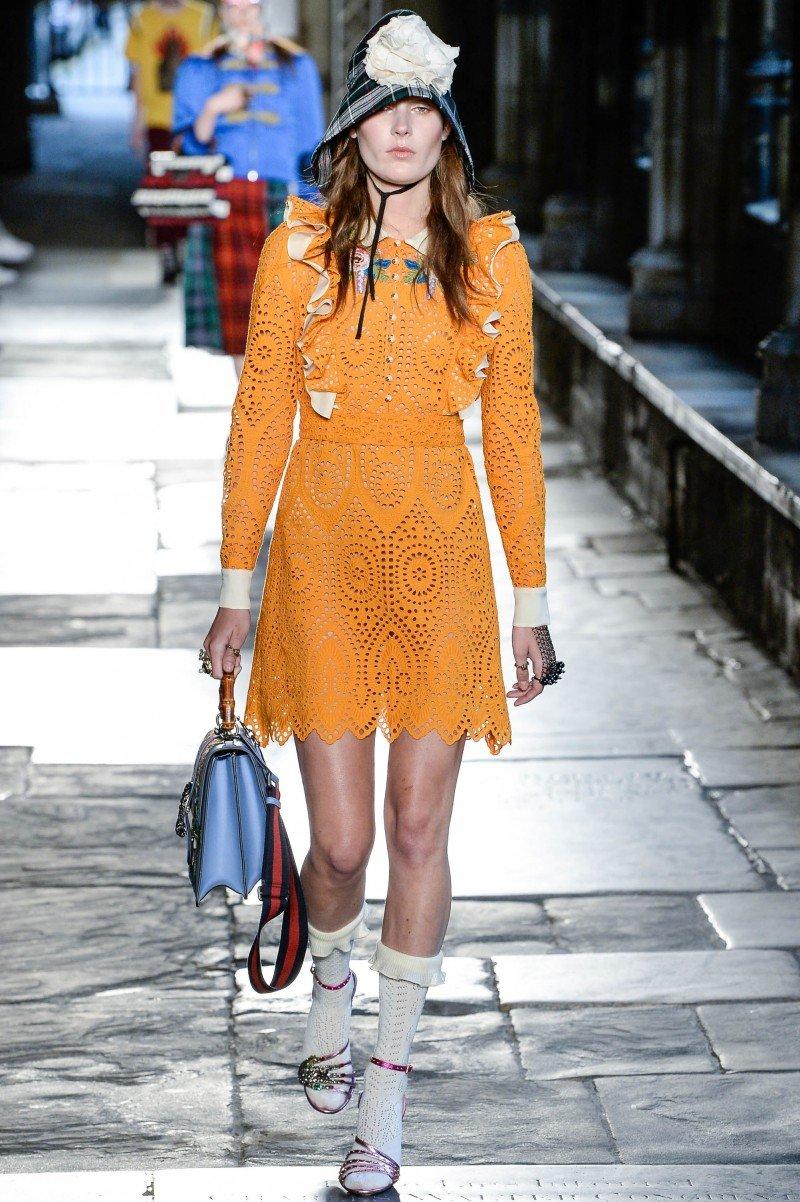 Коллекция Gucci Resort 2017: винтаж, готика, девяностые и другие тренды