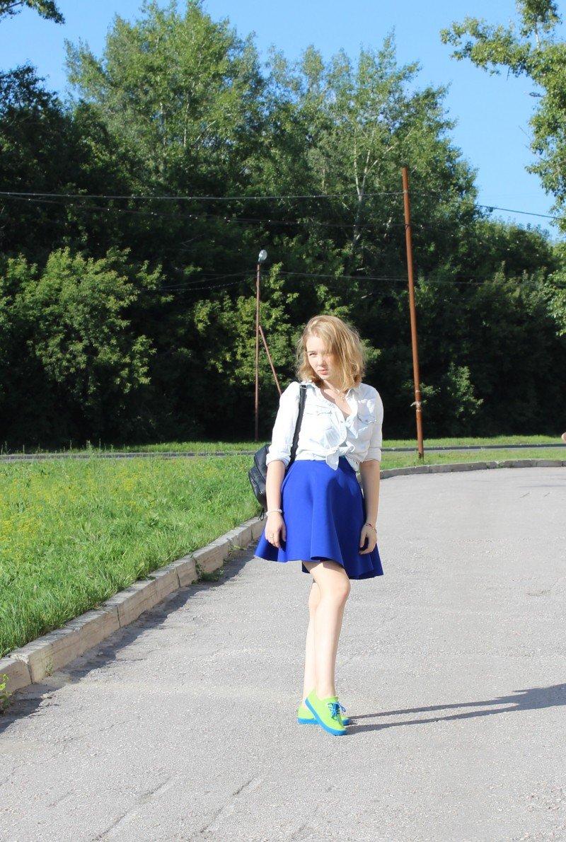 10 образов с неопреновой юбкой