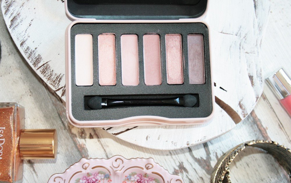Beyu Natural Nudes Eyeshadow Palette by Irma