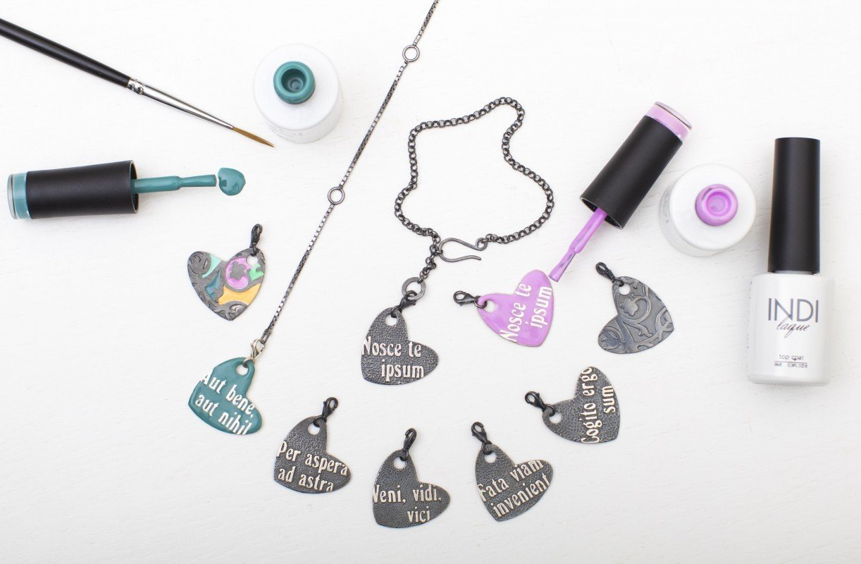Латынь, украшения и гель-лаки для ногтей в новой коллекции от LeDiLe и ruNail Professional