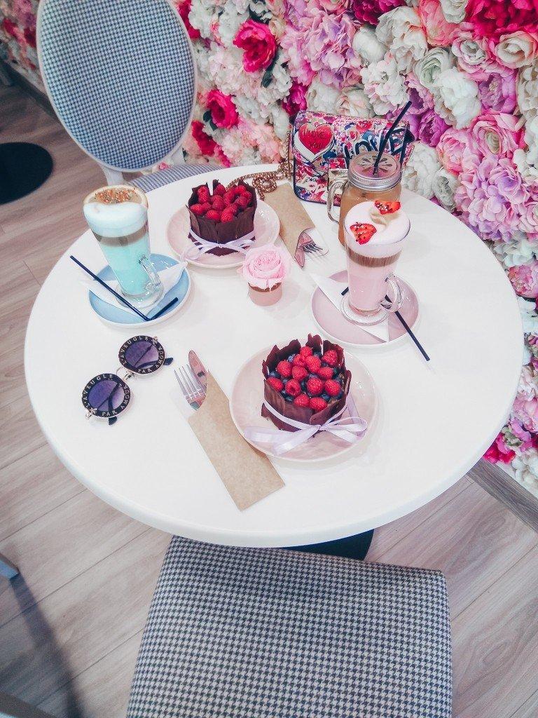 Куда сходить в Москве за 1000 рублей? Clos Cafe