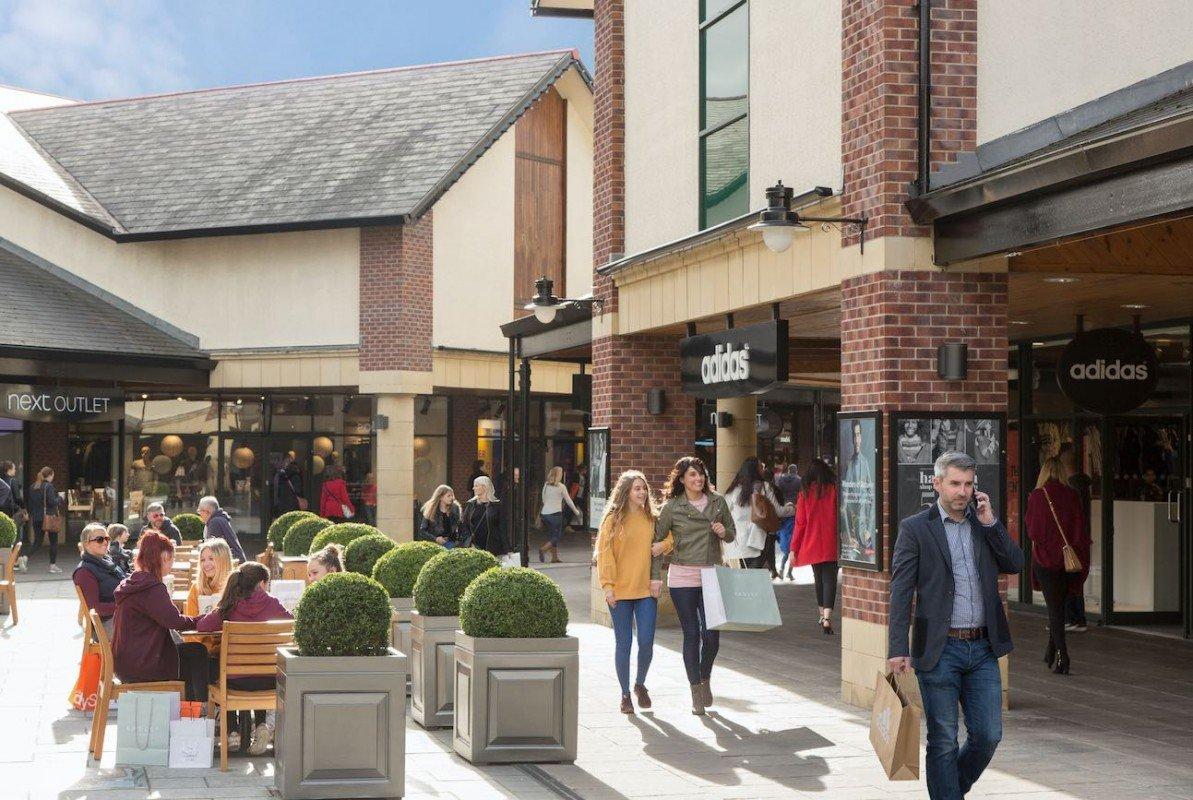 Mcarthur Glen предлагает окунуться в атмосферу европейского шопинга