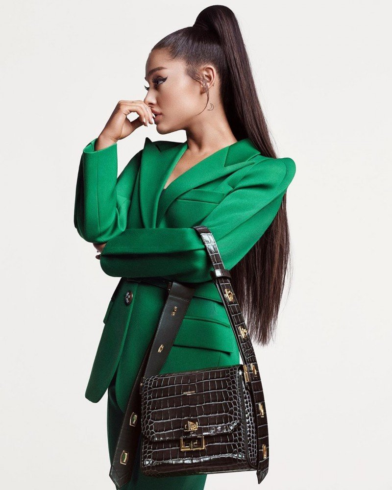 Ариана Гранде дебютировала в рекламной кампании Givenchy