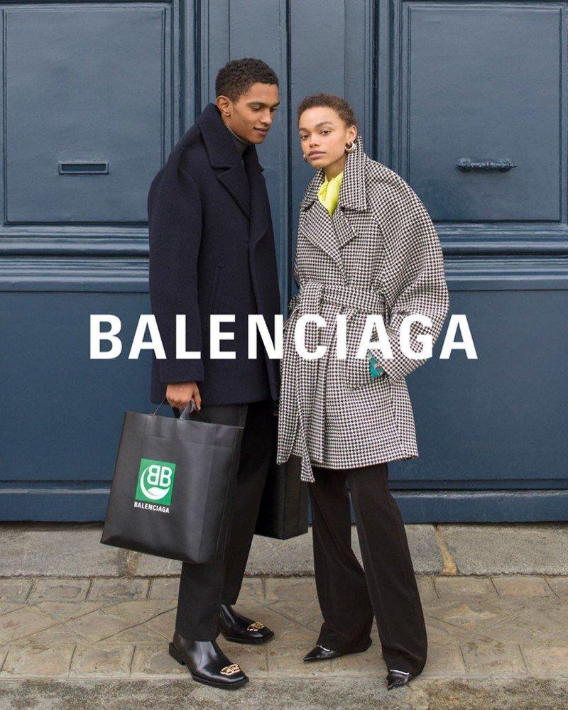 Влюбленные пары снялись для рекламы Balenciaga
