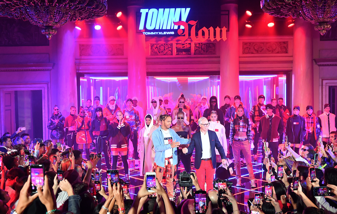 Tommy Hilfiger представил осеннюю коллаборацию с Льюисом Хэмилтоном