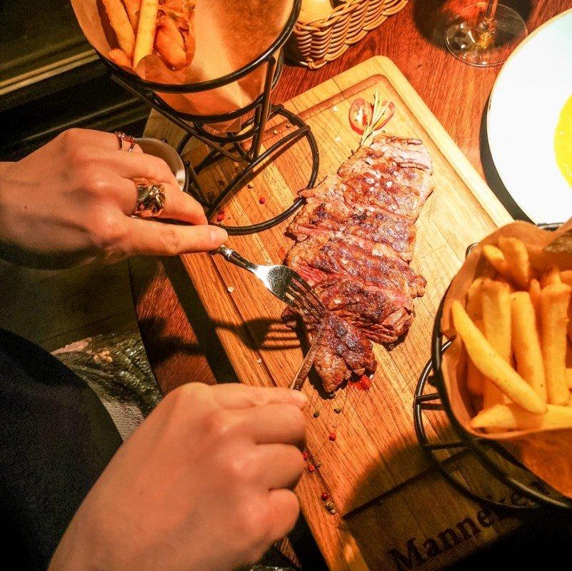 Бельгийское кафе Manneken Pis