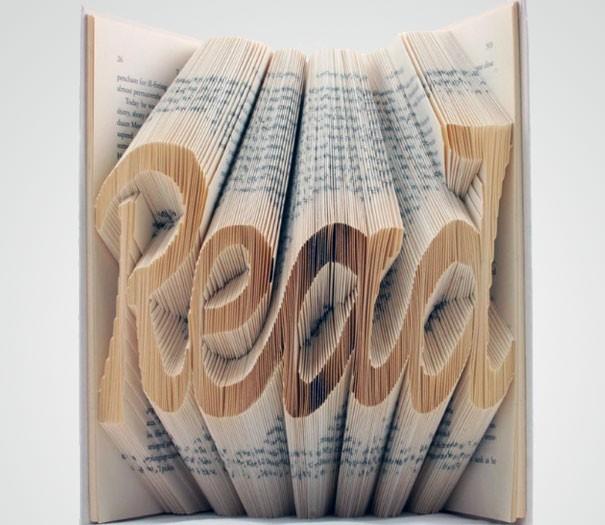 Читать модно. А какие книги должна прочесть каждая модница?