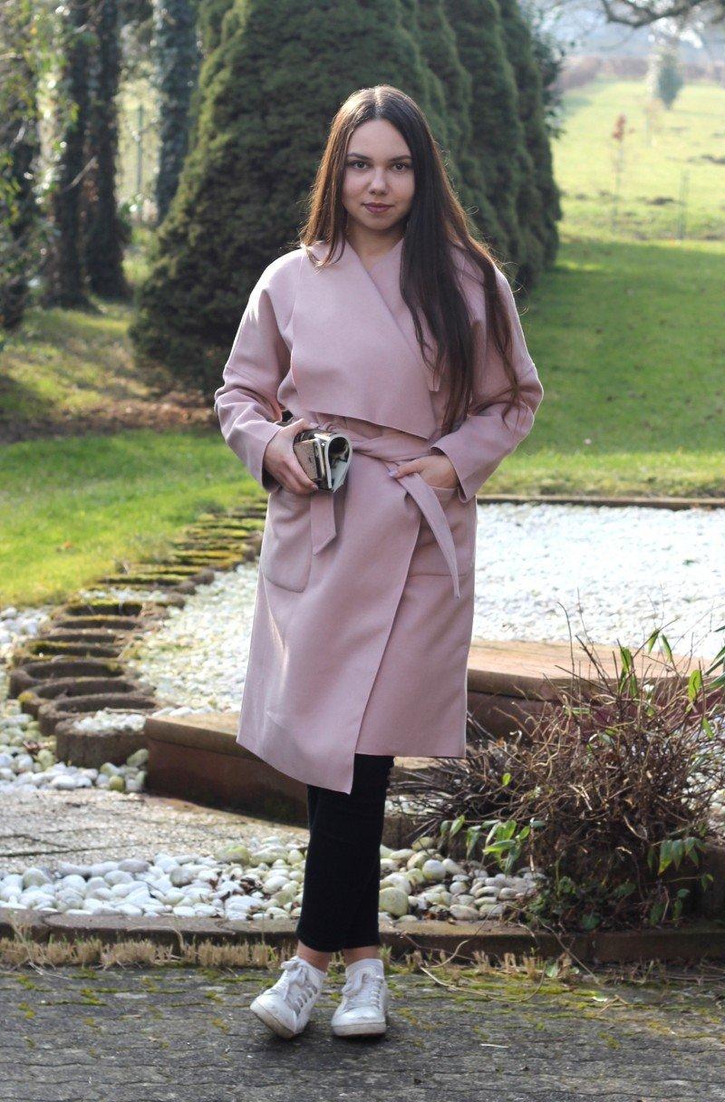 пальто на весну