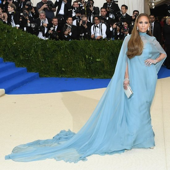 Met Gala 2017, образ Дженнифер Лопес: платье как среда