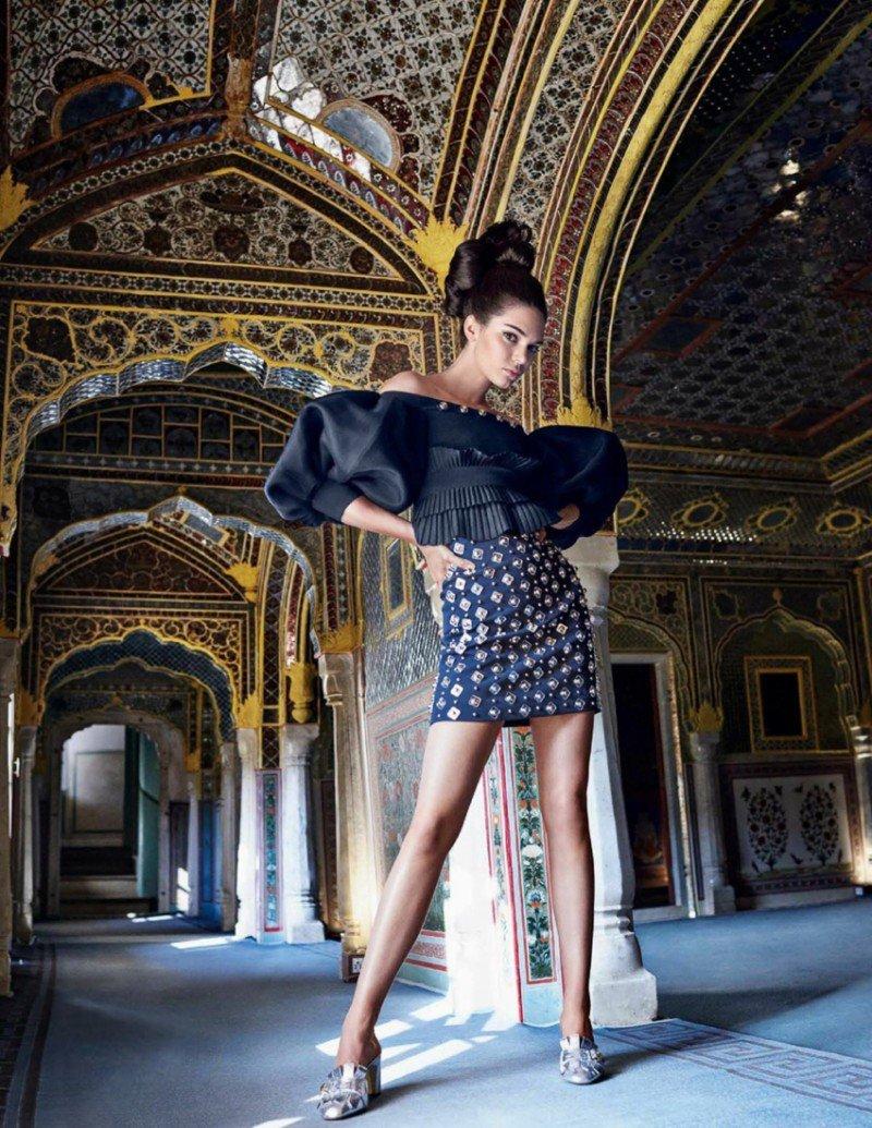 Смотрим красивое: съёмка Кендалл Дженнер из свежего номера Vogue India