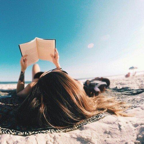 5 легких книг для отпуска