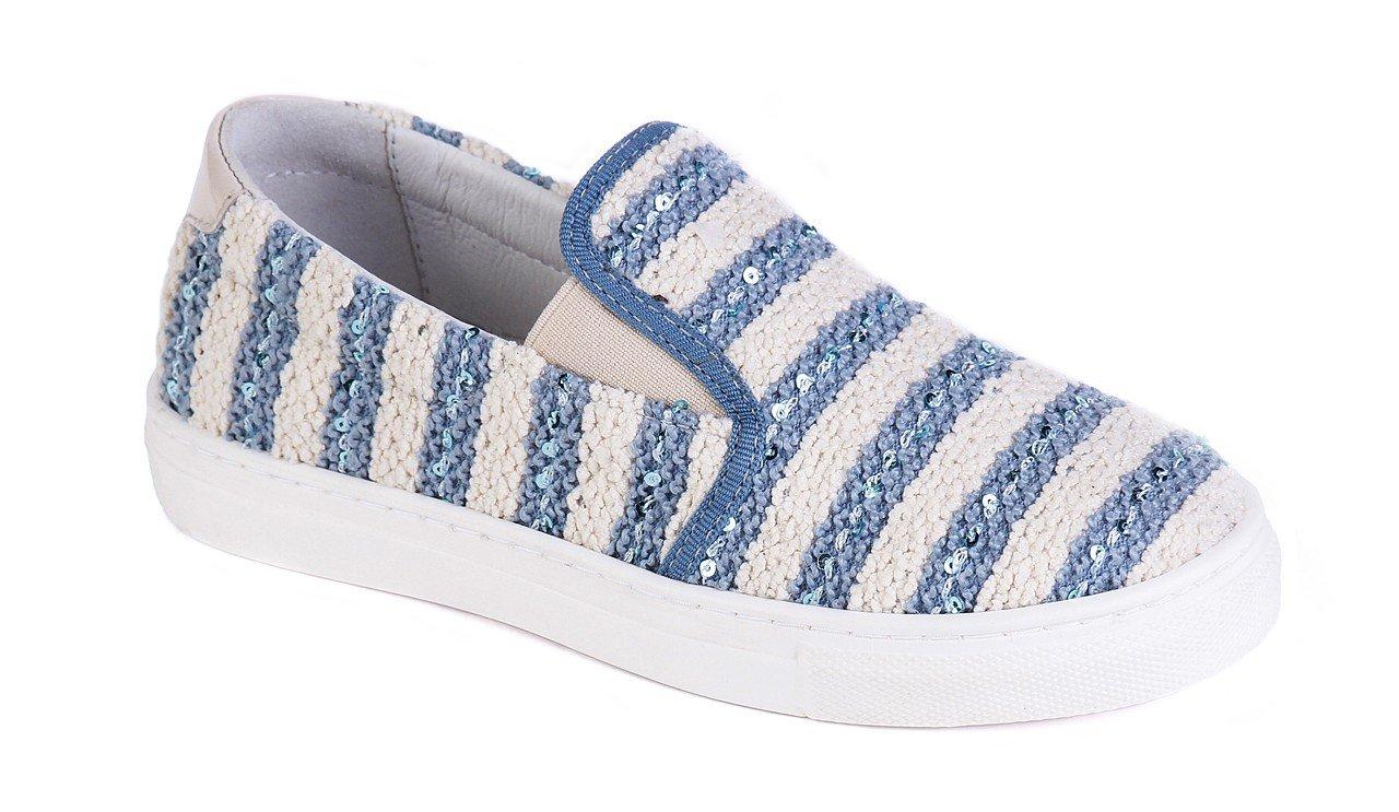Коллекция весна-лето 2018 итальянского бренда обуви Jog Dog