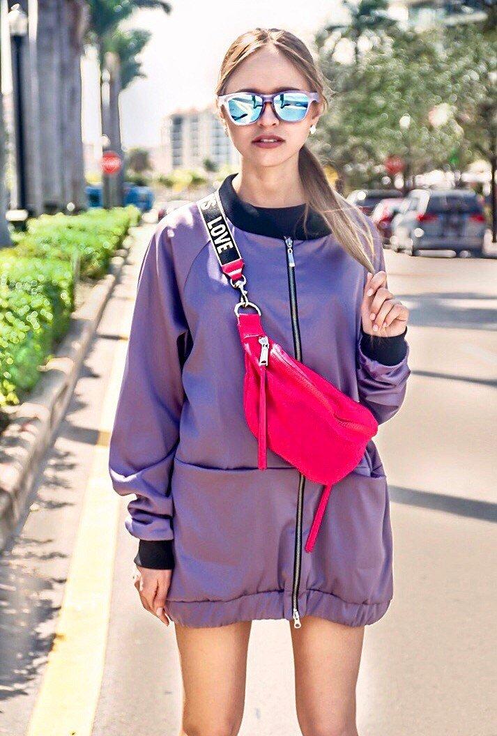 Урбанистический  стиль по - американски : неужели сумка - бананка снова в моде !?