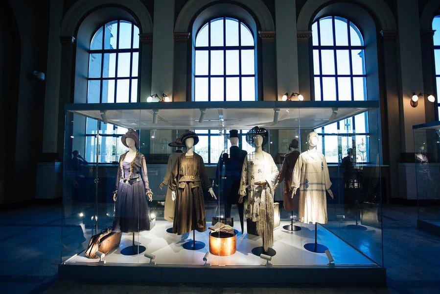 Три плюс одна патриотичная / Выставки на тему моды в Москве